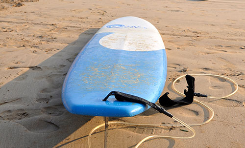 surfboard made up of Fiberglass