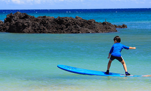 Best Place to Learn How to Surf in the USA